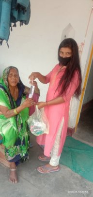 Distribution of masks to the elderly