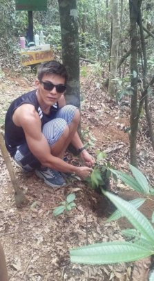 Student from Rio participates in forest enrichment