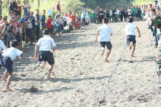 100 meter men run race