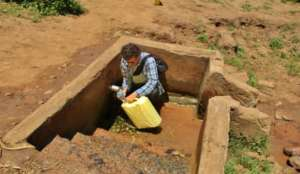 Tech. Advisor determining water source capacity