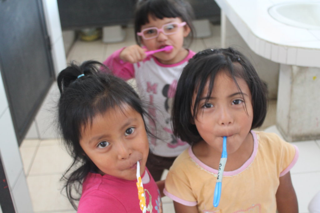 Send 50 children to school in Guatemala!