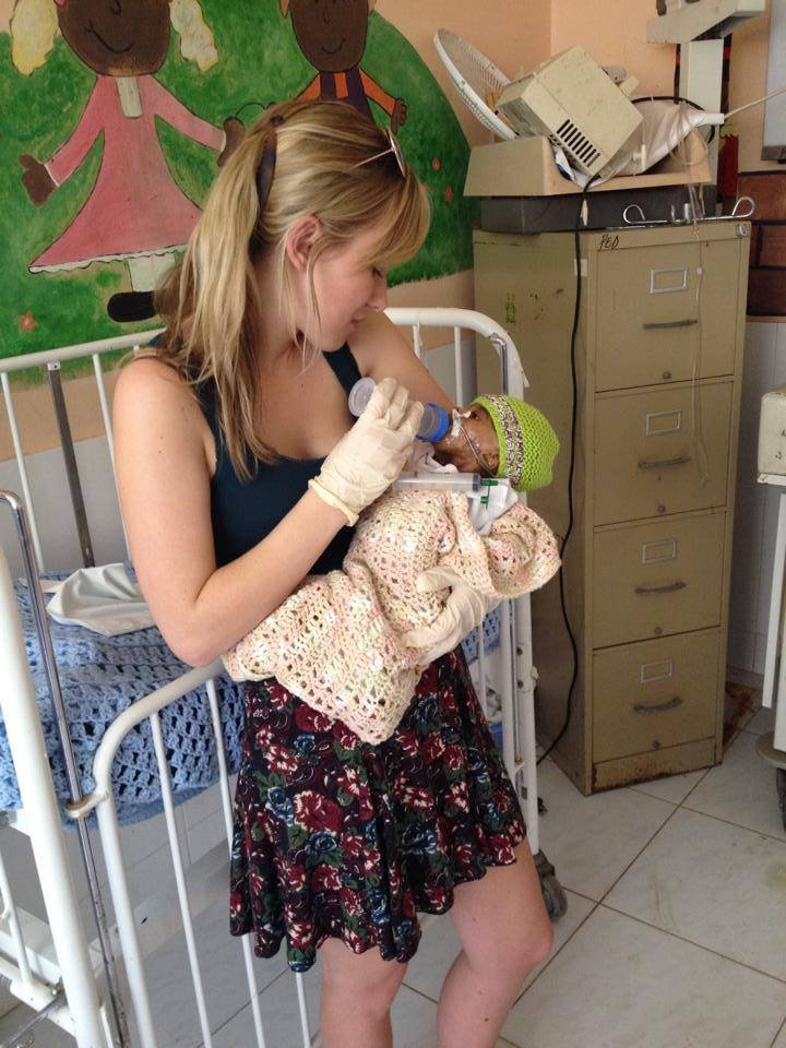 Helping children to feed for first time
