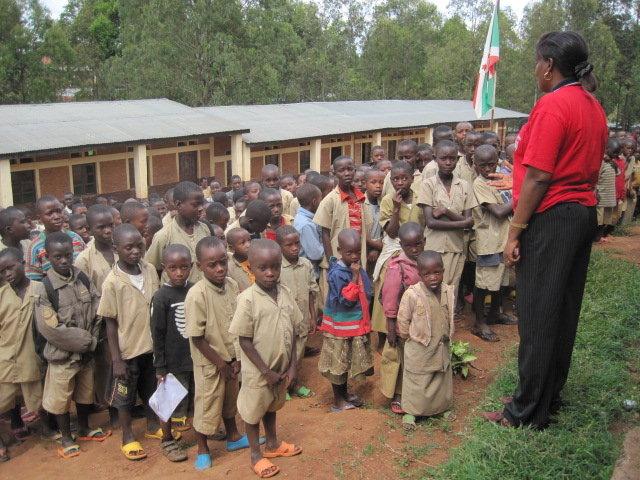 Build School Gardens for 1800 Youth in Burundi