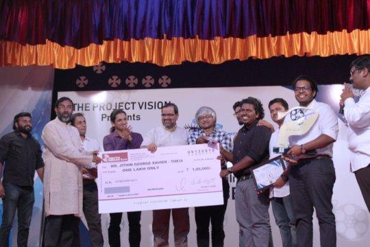 1st Prize Jithin receiving his award.
