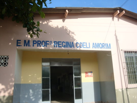 We have projects in this school in Valença city.