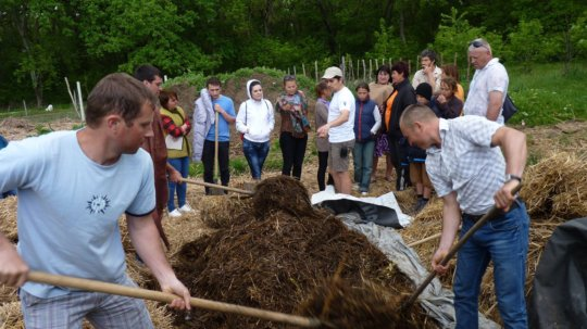 Practical workshop on fast composting