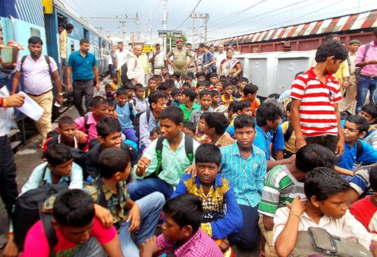 Rescued children arriving by train from Delhi