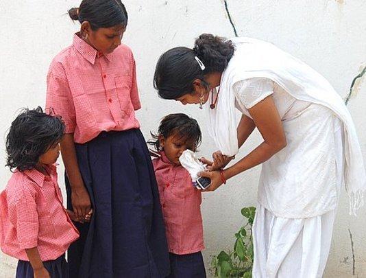 Sunita with children at Rescue Junction
