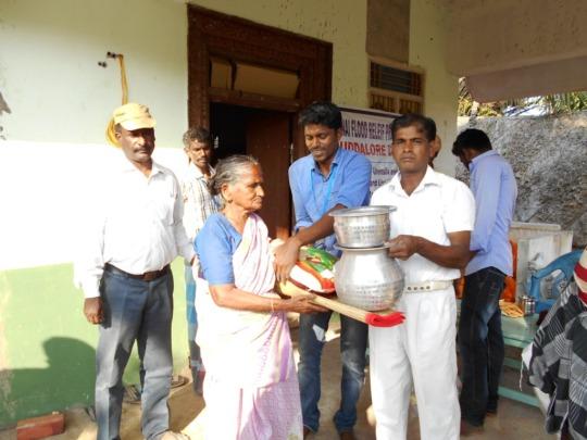 Relief support at Natarajapuram, cuddalore dsit