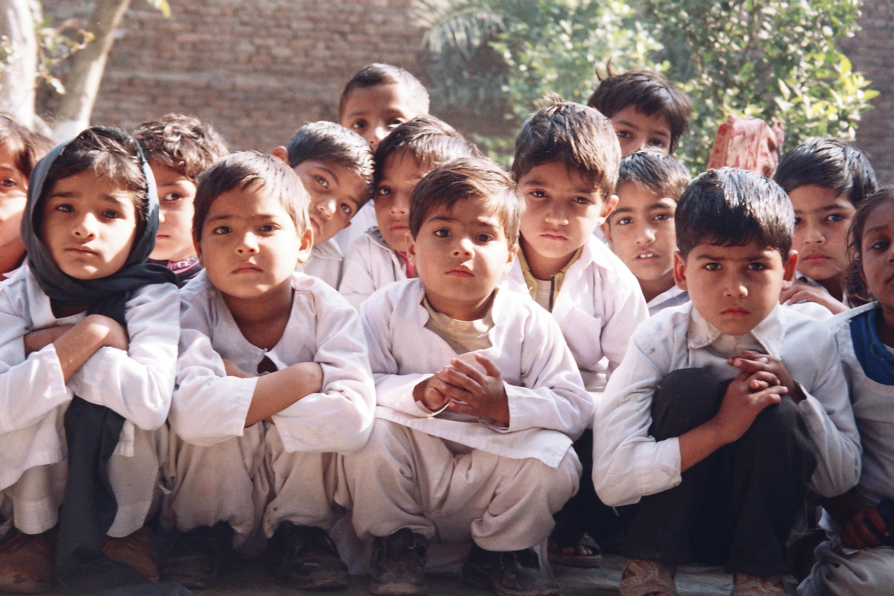 Providing New Clothes For Eid To 1350 Poor Kids €�