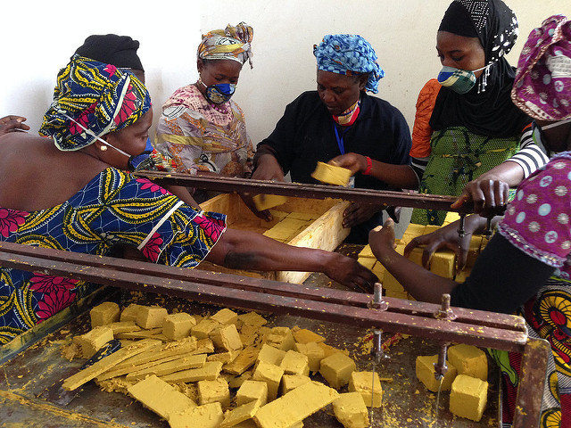 Making soap from palm oil at the Bamako center