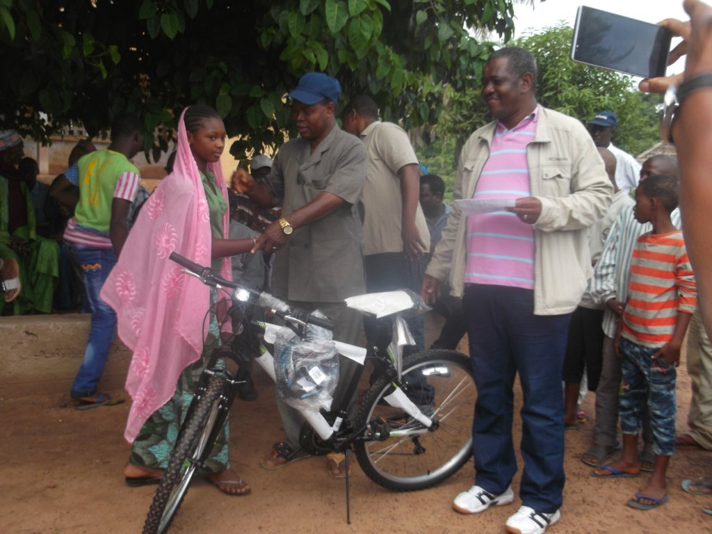 Give 100 Bicycles to Students in Rural Guinea
