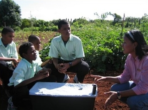 More kids are growing food in India thanks to Global Giving!