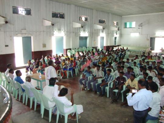 VOICE Team talk to Children of Cuddalore flood