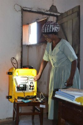 Medical Assistant learns to use the Solar Suitcase