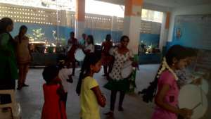Street play & folk dance training