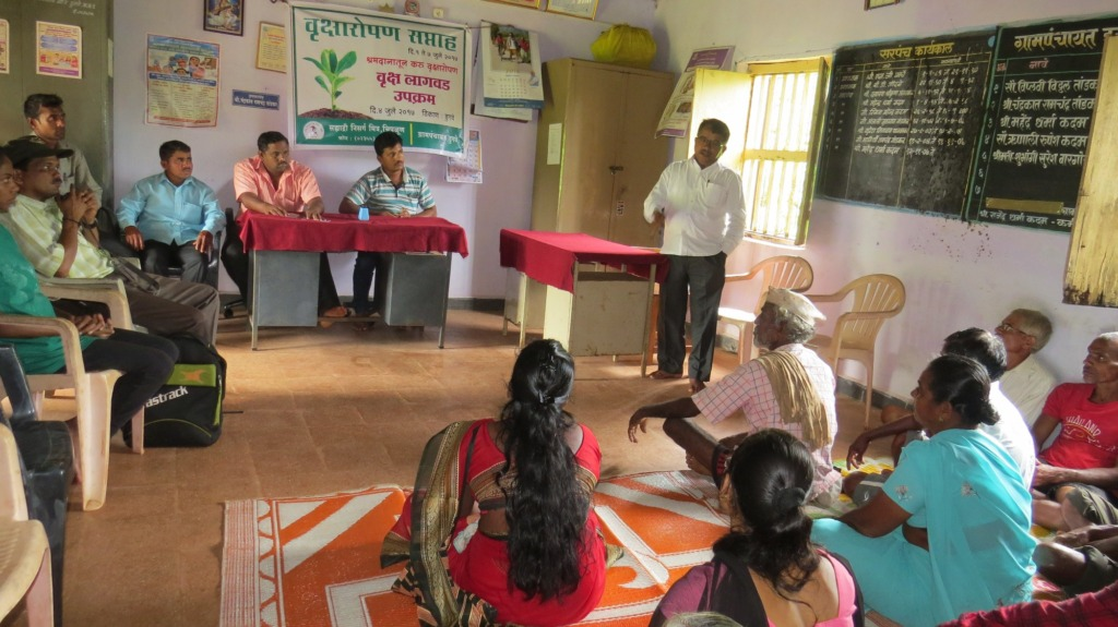 Community discussion on plantation of native trees