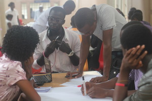Group takes notes for sharing with conference