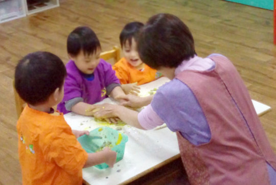Art exploration for kids