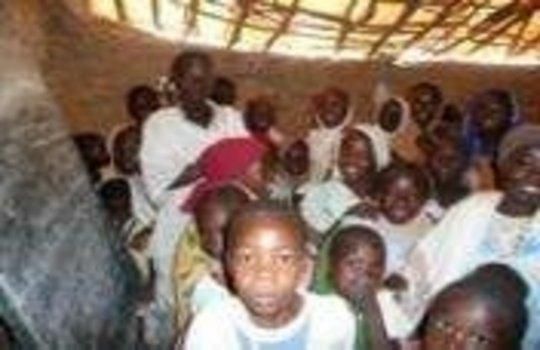 Support schools for 7500 children in Darfur, Sudan
