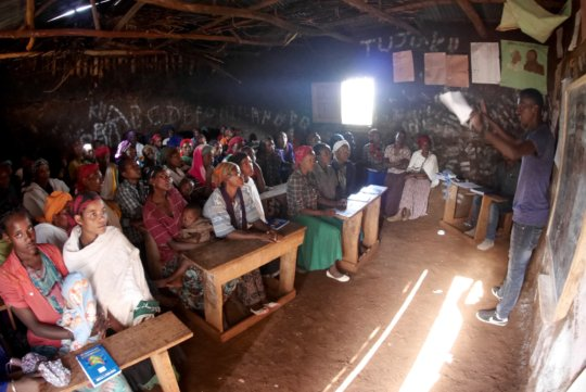 An SHG receiving small business training