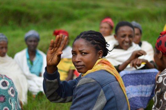 Women volunteer to be part of Self Help Groups