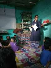 Neha Facilitating a session on nutrition