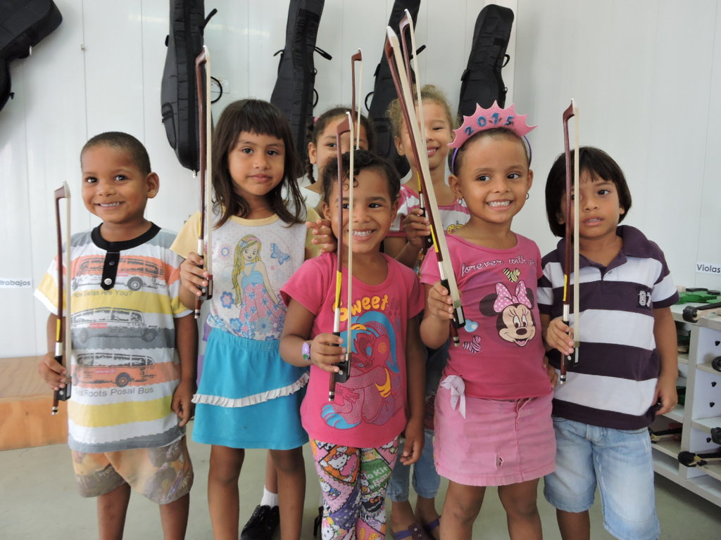 Provide Instruments for Vulnerable Colombian Youth