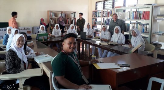 Director Santoli meeting with Nursing students