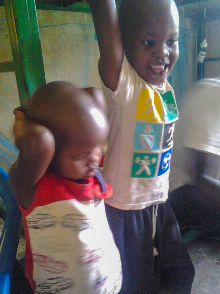 Feeding 200 starving children of Moroto in Uganda