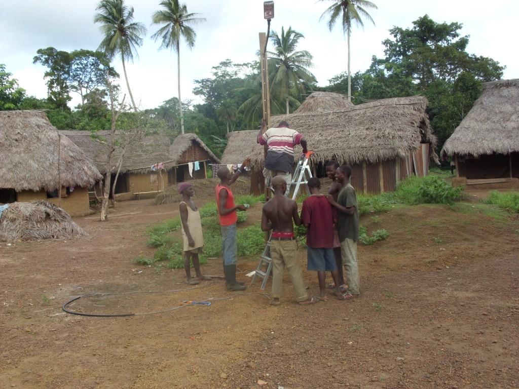 Village streetlight - Kambama