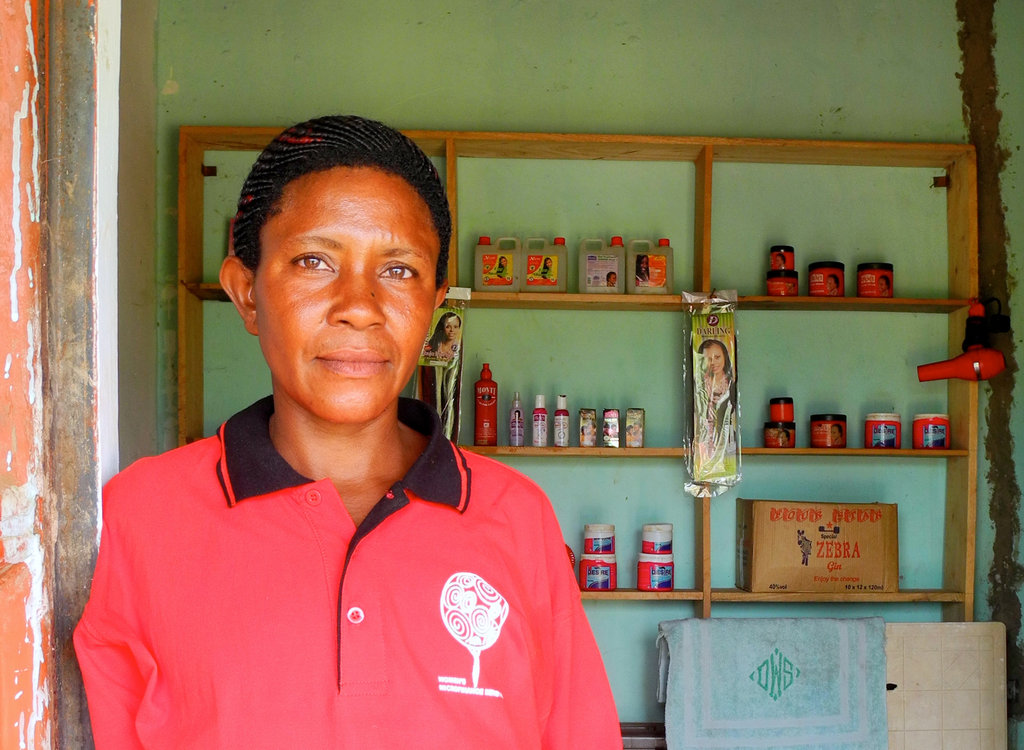 Toppie at her Shop
