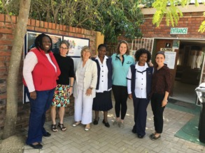 Clinic staff with Dr Susan Harvey & volunteers
