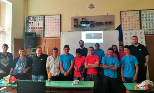 Ivan with the students from Dolni Dabnik School