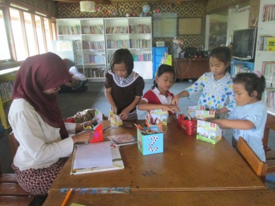 Ms. Agnes and her students