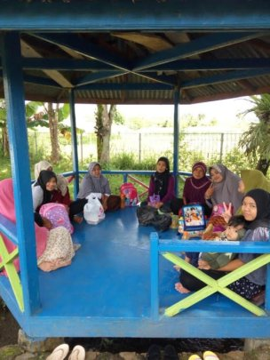 The mothers of pre-school students