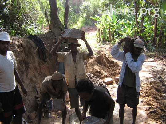 The community builds a new well