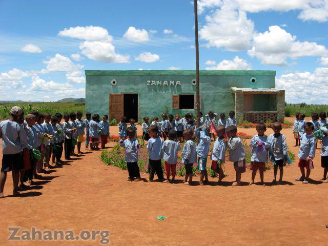 The innauguration of the school in Fiarenana