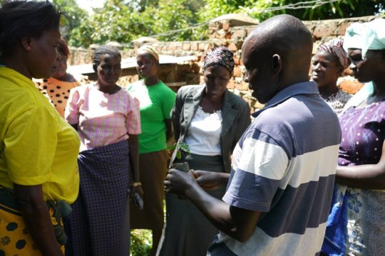 Ocaya training village women on reforestation