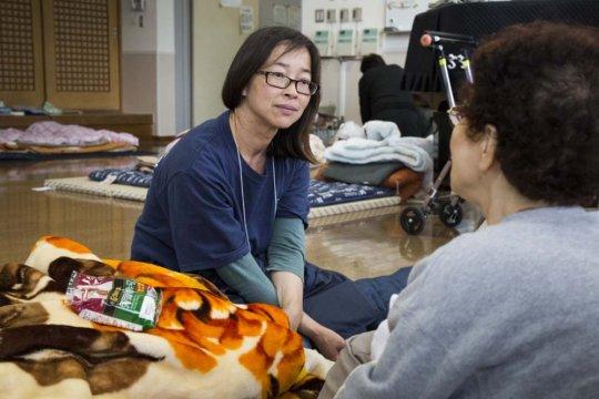 Ayako and Takano at Mifune Evacuation Center