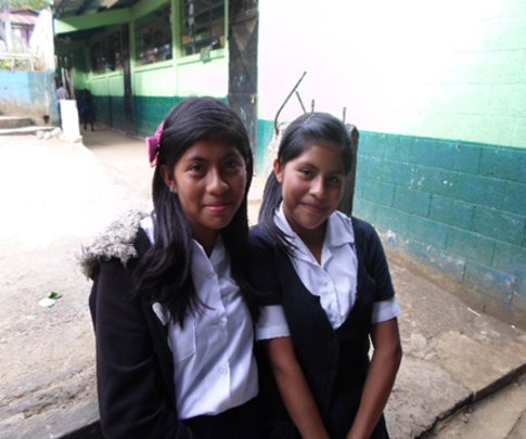 Linda Sucely and Linda Azucena