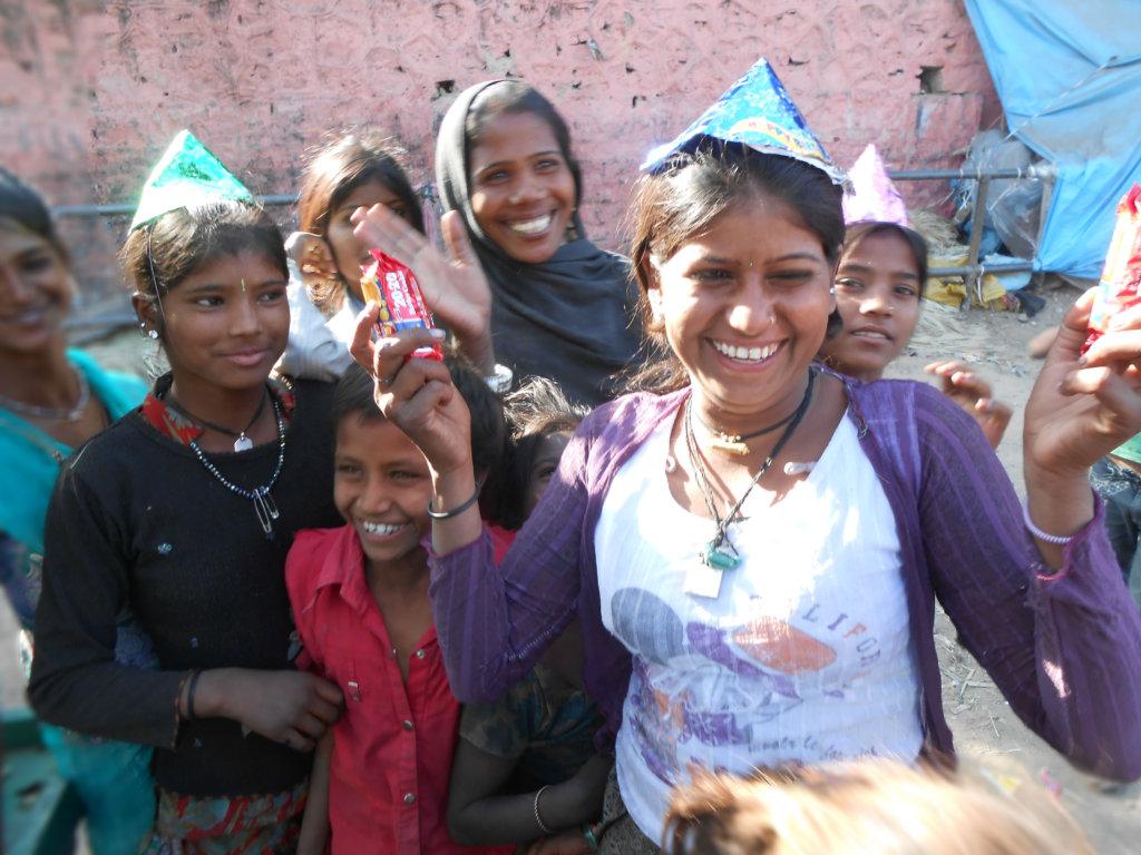 Provide Food & Toys to 25 Slum Children