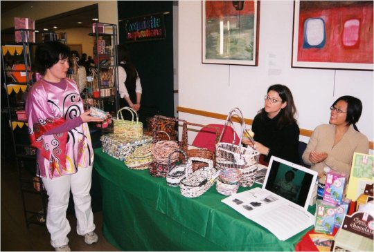 Mariko sells Malaysian baskets, 2007