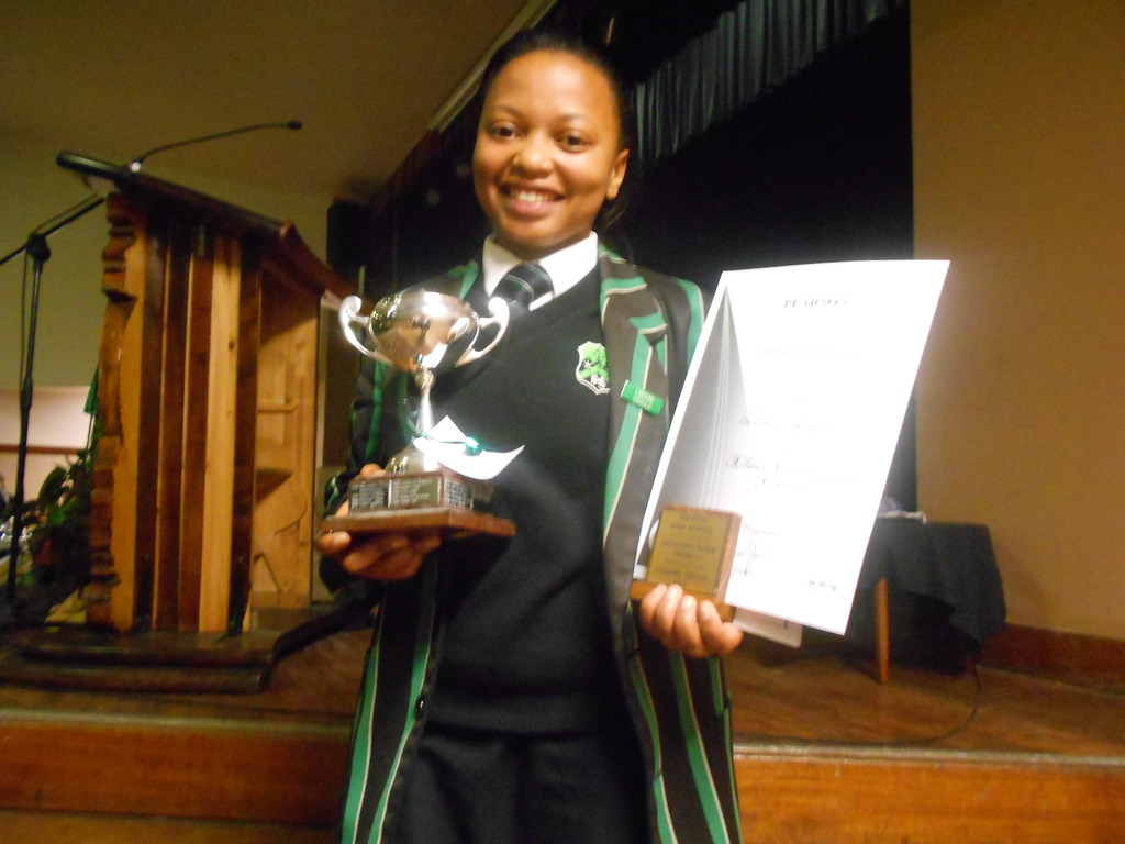 Lindiwe received a special prize for Perseverance