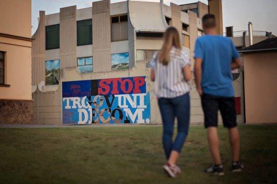 Mural Stop child trafficking