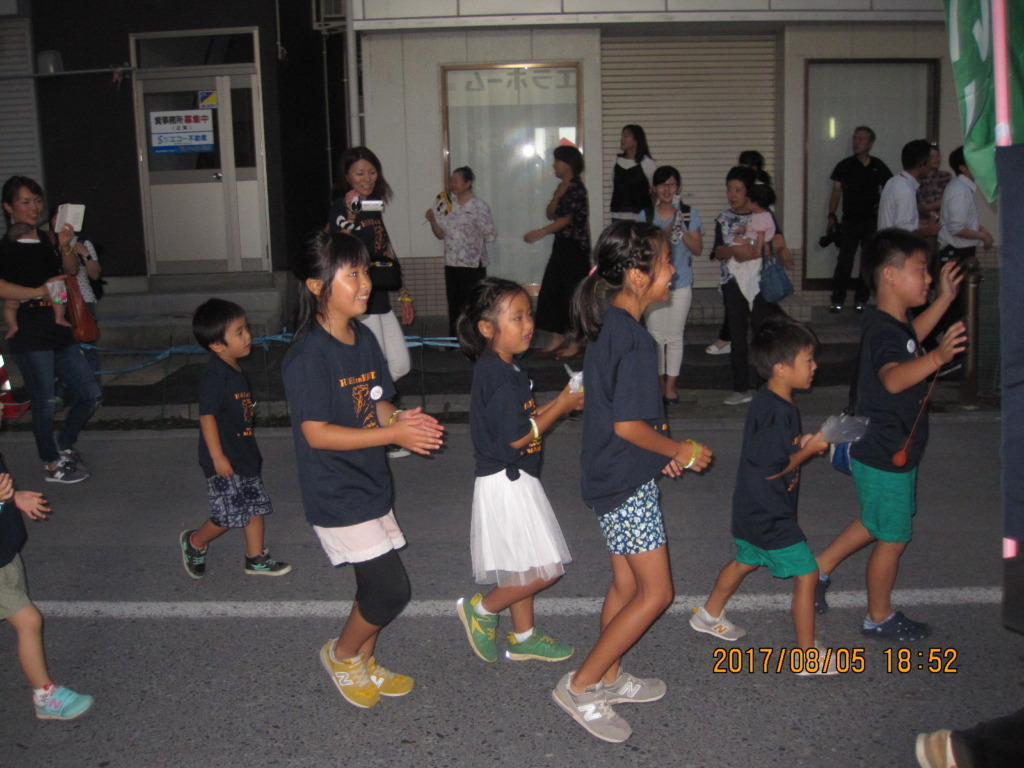 Picture 4: Dancing in Kamaishi Yoisa