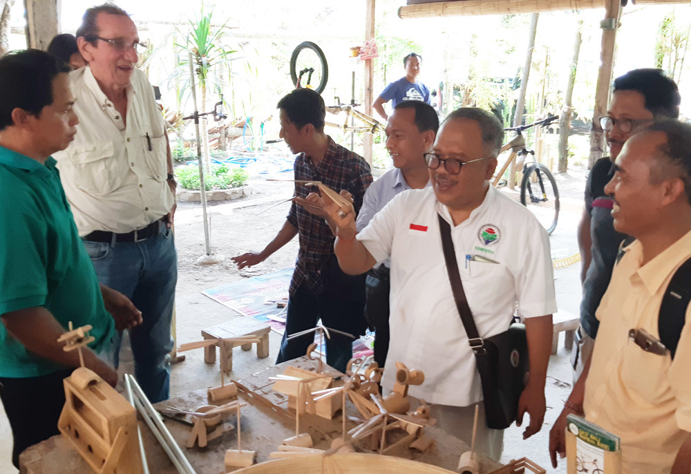 Government  visit to see our other bamboo products