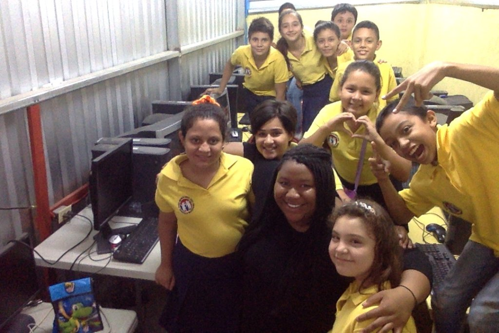 Introducing Technology to 300 Honduran students