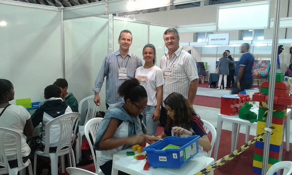 EducaInnova  - Leaders of the Future