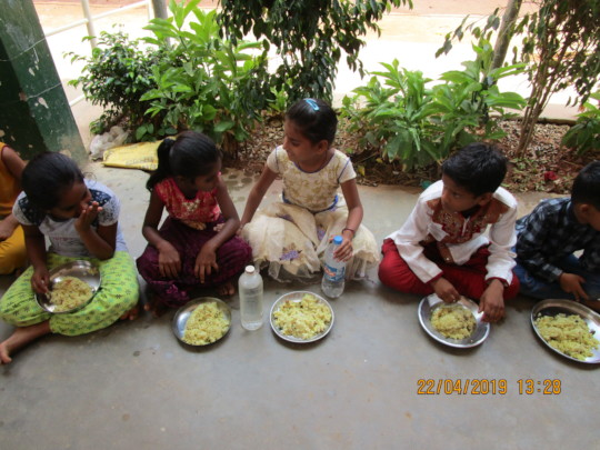 A Homely Mid-day Meal